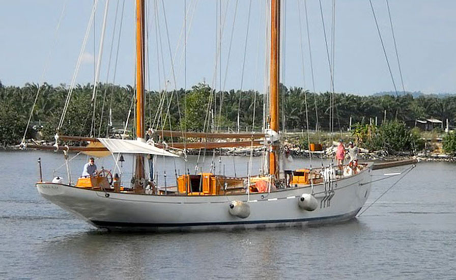 Classic sailing yacht back on water